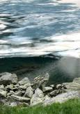 Най-горното езеро - Сълзата - още е покрито с лед. Снимки: Иван Бакалов