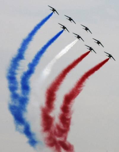 Френски военни самолети Алфаджет на изложението МАКС-2007 в авиобазата Жуковски край Москва. Снимка: Ройтерс