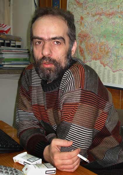 Тома Белев