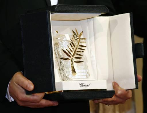 Най-престижната награда на фестивала - Златната палма, отиде при румънския режисьор Кристиан Мунгиу за филма му