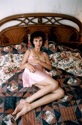 Даря Асламова във фотосесия за еротично списание. Снимка: личен сайт на Асламова