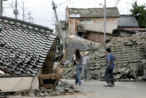 Част от разрушените стотици сгради в Кашивазаки. Снимка: Ройтерс