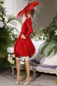 Модел от колекцията висша мода есен-зима 2009-2010 на Джон Галиано за френската модна къща