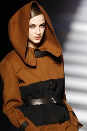 Колекция есен-зима 2009/10 на френския дизайнер Жан-Пол Готие. Снимка: Ройтерс