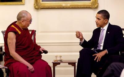 Барак Обама прие Далай лама