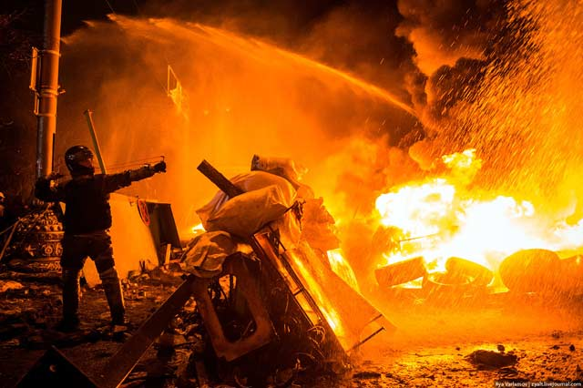 На барикадите в Киев
