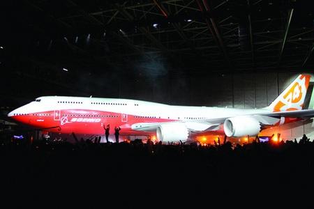 Новият Боинг 747-8