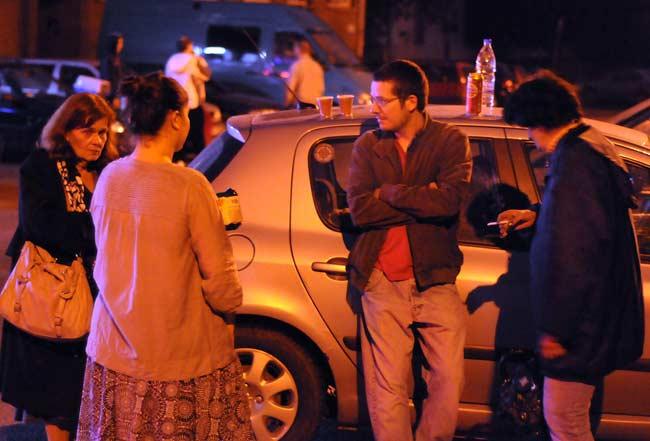 Софиянци на улицата след труса