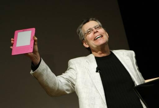 Стивън Кинг представя новия Kindle