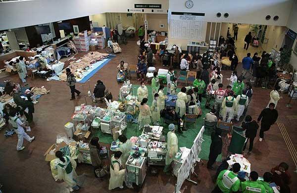 Импровизирана болница. Снимки: ЕПА/БТА