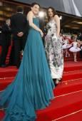 Тайванската актриса Шу Ки и италианската актриса Азия Ардженто, членове на журито на кинофестивала в Кан. Снимка: Ройтерс