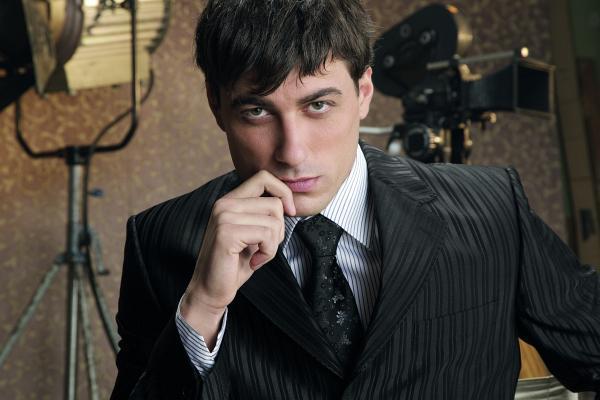 Владимир Карамазов като лице на модната марка Andrews/ Fashion Studio. Снимки: Павел Червенков/Andrews/ Fashion Studio