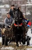 Освен в надбягване, конете могат да се състезават и в теглене на каруца с тежък товар. Снимки: Нели Томова