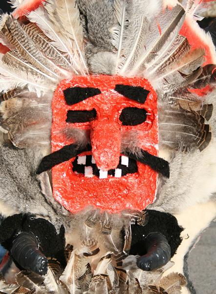 Кукерска маска. Снимка: Нели Томова