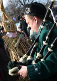 Гайдар и кукер от Ирландия (на заден план). Снимка: Нели Томова