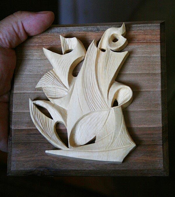 """""""Платноход за слънчев вятър"""" - дърворезба. Снимки: авторката"""