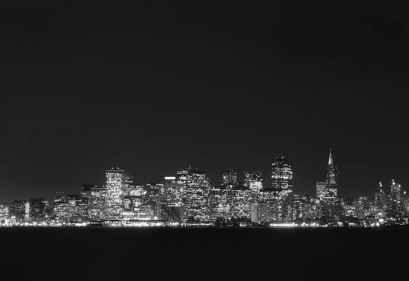 Ситито на Сан Франциско нощем, поглед откъм остров Трежър айлънд. Снимки: Иван Бакалов