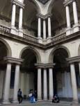 """Сградата, в която се намира известната галерия """"Брера"""", както и Художествената академия на Милано. Снимки: Нели Томова"""