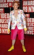 Популярният клюкарски блогър Перез Хилтън пристига на връчването на наградите на MTV. Снимка: Ройтерс