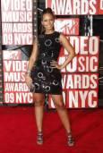 Алиша Кийс пристига на музикалните награди на MTV в Ню Йорк. Снимка: Ройтерс