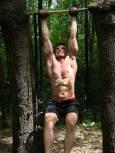 Зашев тренира сред природата. Снимка: личен архив