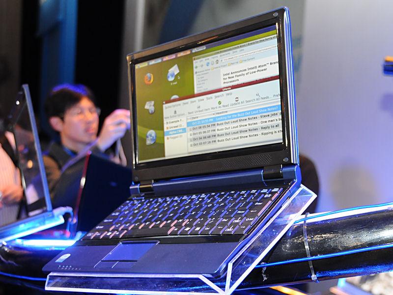 В частности, японский ресурс PC Watch опубликовал фото ноутбука Intel