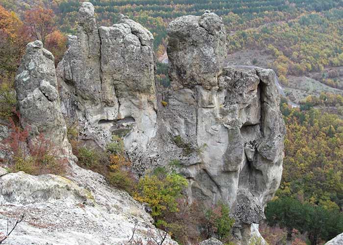 Светилищен комплекс край с. Дъждовница, община Кърджали. Снимки: Николай Нинов
