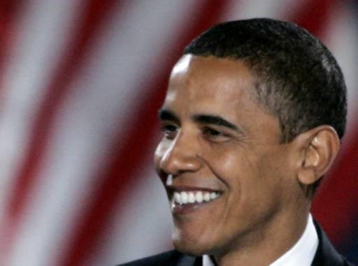 Новият американски президент Барак Обама говори пред привържениците си на митинг в Чикаго. Снимка: Ройтерс