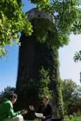 Водната кула в Лозенец. Гергана Димитрова и актрисата Ирина Голева. Снимка: Виктория Атанасова