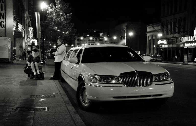 """На ул. """"Бродуей"""" в Нешвил, Тенеси. Снимки: Иван Бакалов"""