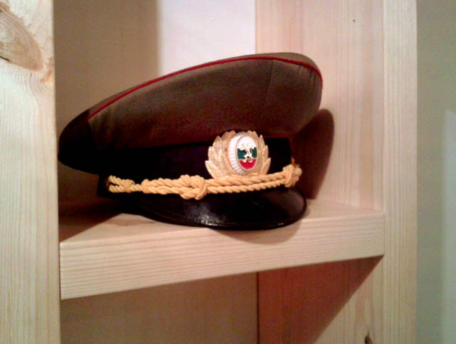 Войнишка фуражка за параден костюм. Снимка: e-vestnik