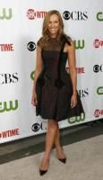 """Актрисата Тони Колет на партито на """"CBS"""", """"CW"""" и """"Showtime"""" по случай лятното турне на Асоциацията на телевизионните критици в библиотека """"Хънтингтън"""" в Сан Марино, Калифорния. Снимка: Ройтерс"""