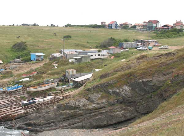 Един от все още незастроените брегове на Синеморец. Снимки: авторката