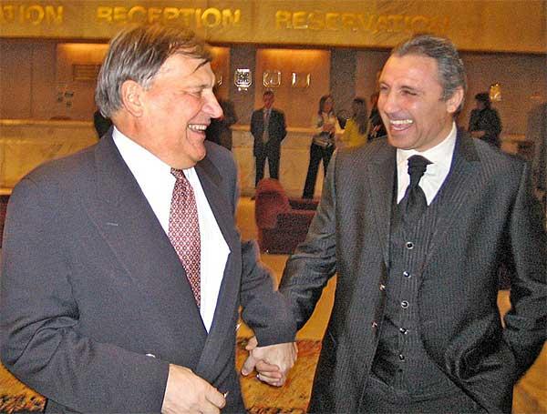 Иван Славков с Христо Стоичков. Снимка: Булфото