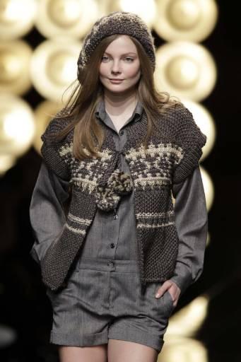 Колекция есен-зима 2009/10 на френската дизайнерка Софи Албу. Снимка: Ройтерс