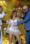 Борис Солтарийски и Слави се закачат с Нели Петкова. Снимки: Булфото