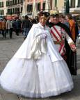 Двойка, преобразена като австрийско императорско семейство. Снимки: Светослава Банчева
