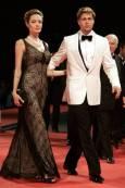 Брад Пит и Анджелина Джоли пристигат за прожекцията на филма The Assassination of Jesse James. Снимка: Ройтерс