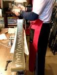 Стъпка №3 в обработката на ските: слагане на нова вакса. Снимки: авторката