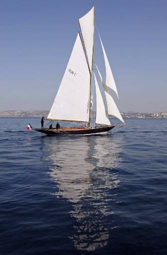 100-годишната яхта