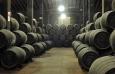 Защо няма ракии, отлежали в отбрани употребявани бъчви, както уиски?
