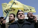 Украйна затъва в криза, закотвена в руската вселена